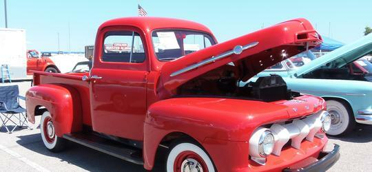Antiques on the Bay Classic & Antique Auto Show