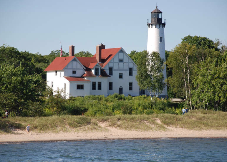 Great Lakes Lightouses Great Waters Of Michigan