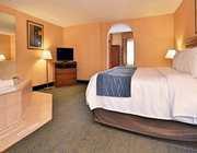 Hot Tub Suite Bedroom