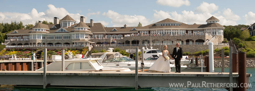 The following facilities offer both wedding reception venue and on