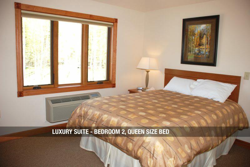 Luxury Suite - Bedroom 2 & Root Cellar Resort u0026 Restaurant - UP Travel