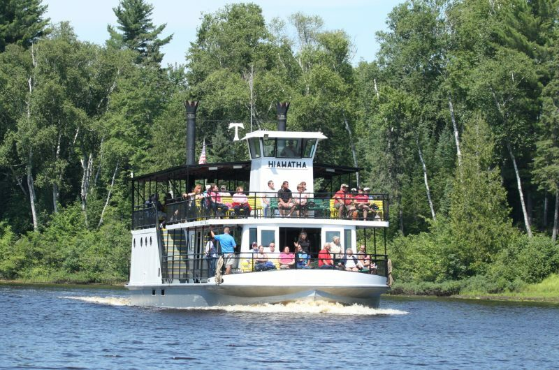 travelling train and small river boats The hudson river is a popular getaway destination offering spectacular mountain views, historic estates, wine trails, shopping, outdoor adventures, river tour boats.