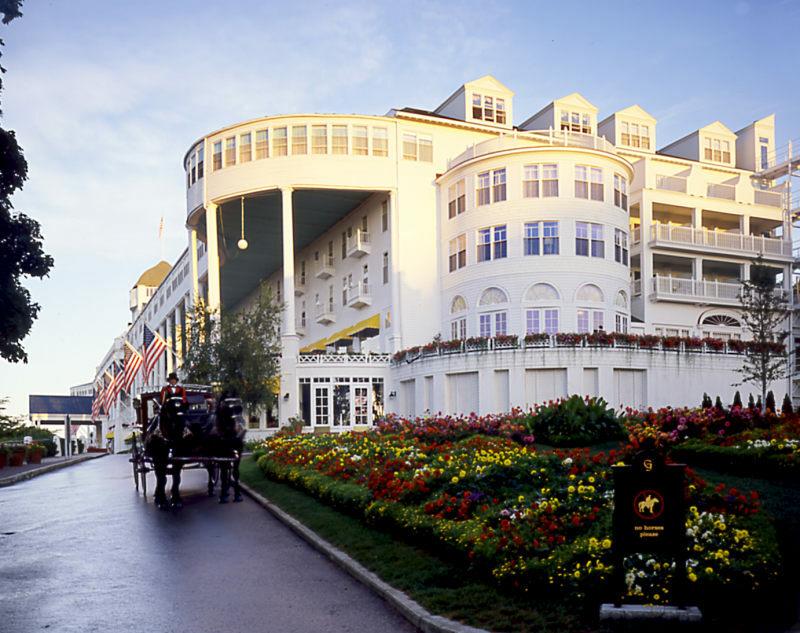 Grand Hotel Up Travel