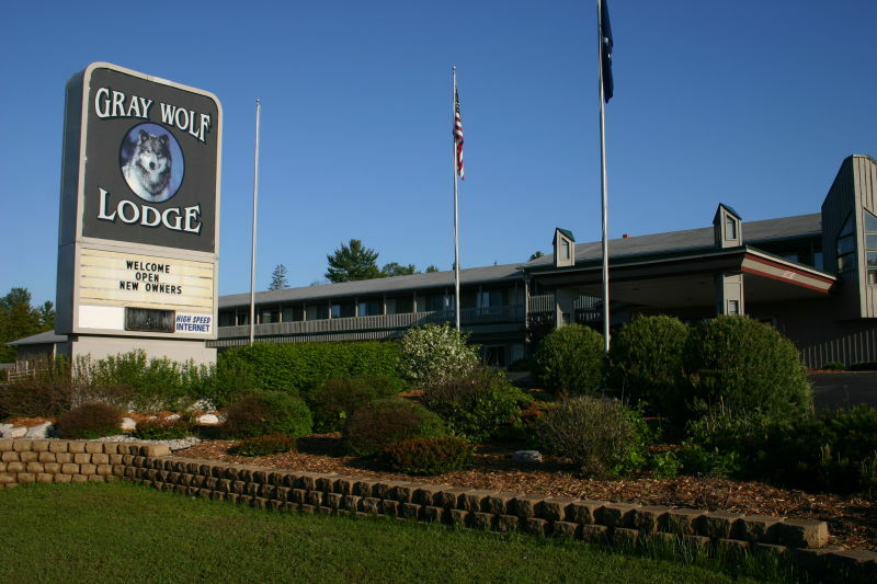Gray Wolf Lodge Up Travel