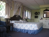 All lthe comforts in our deluxe king room.