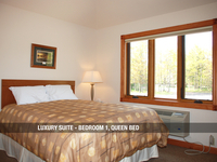 Luxury Suite - Bedroom 1, Queen Bed