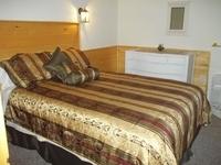E bedroom in cabin