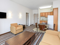 Suite Living/Dinette Room