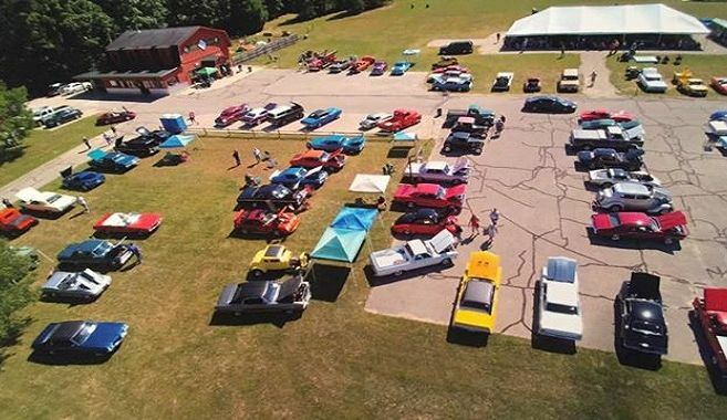 Hoxeyville Classic Car Show