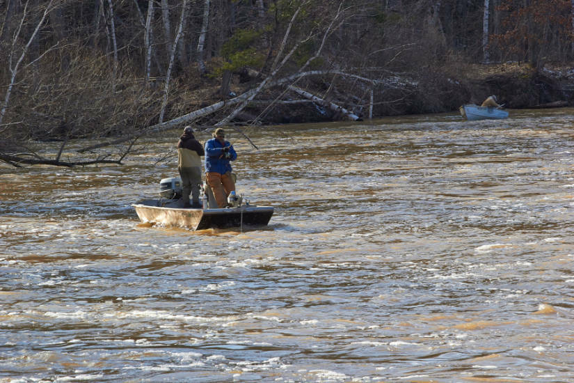 Photo gallery cadillac for Tippy dam fishing