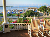 Island House Hotel offers a stunning water view.