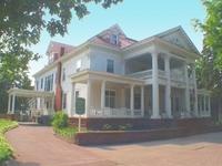 Laurium Manor