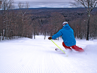 Midwest's Best Downhill Skiing and Snowboarding
